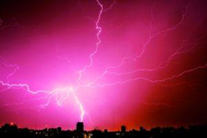Antennák villámvédelme – hogy elkerüljük a megrázó élményeket